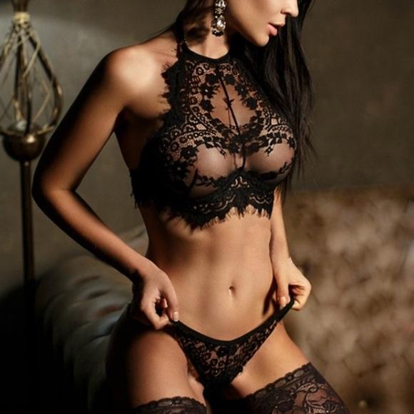 Flash Sale  👄 Sexy Lingerie Set 62b21f852